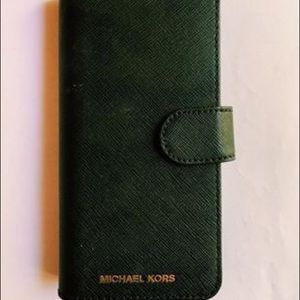 Micheal Kors Phone Wallet